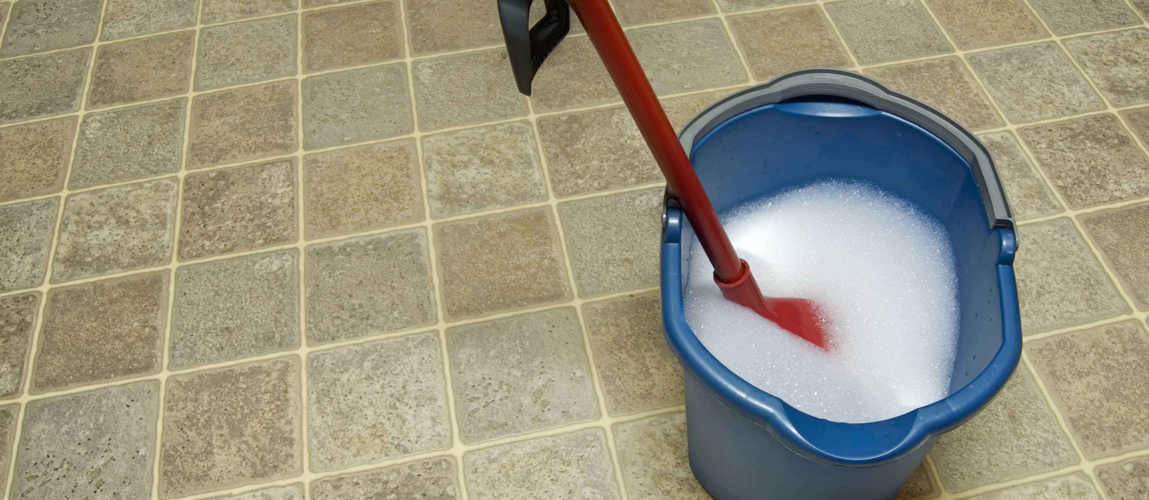 How To Clean Vinyl Floors Bathroom