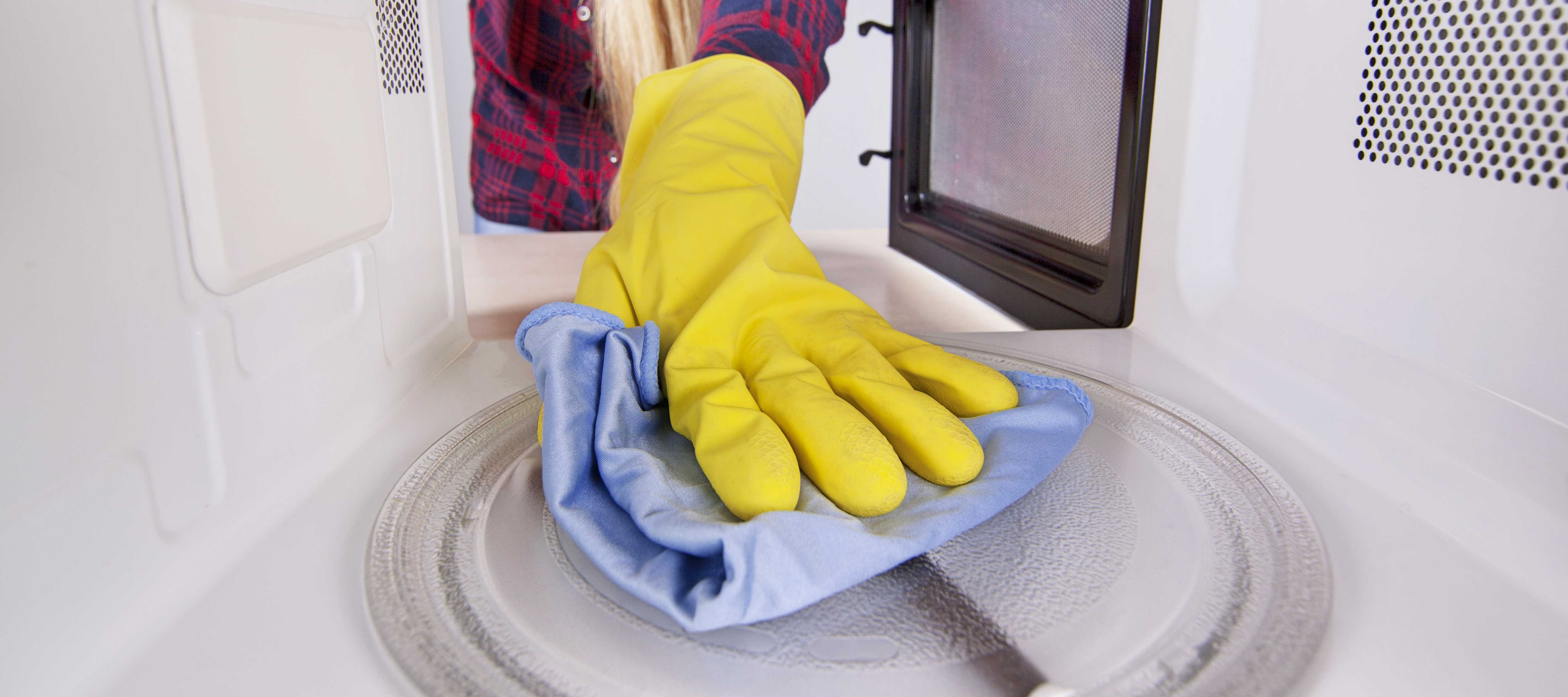 Cleaning a Microwave - Professional Cleaning Services Springfield MO